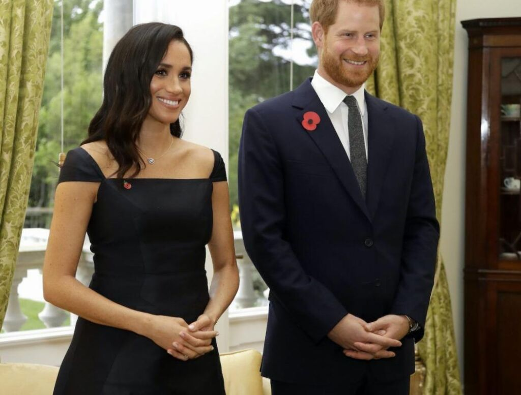 Un qualified royal affirme que le prince Harry n'est pas aussi intelligent que Meghan Markle